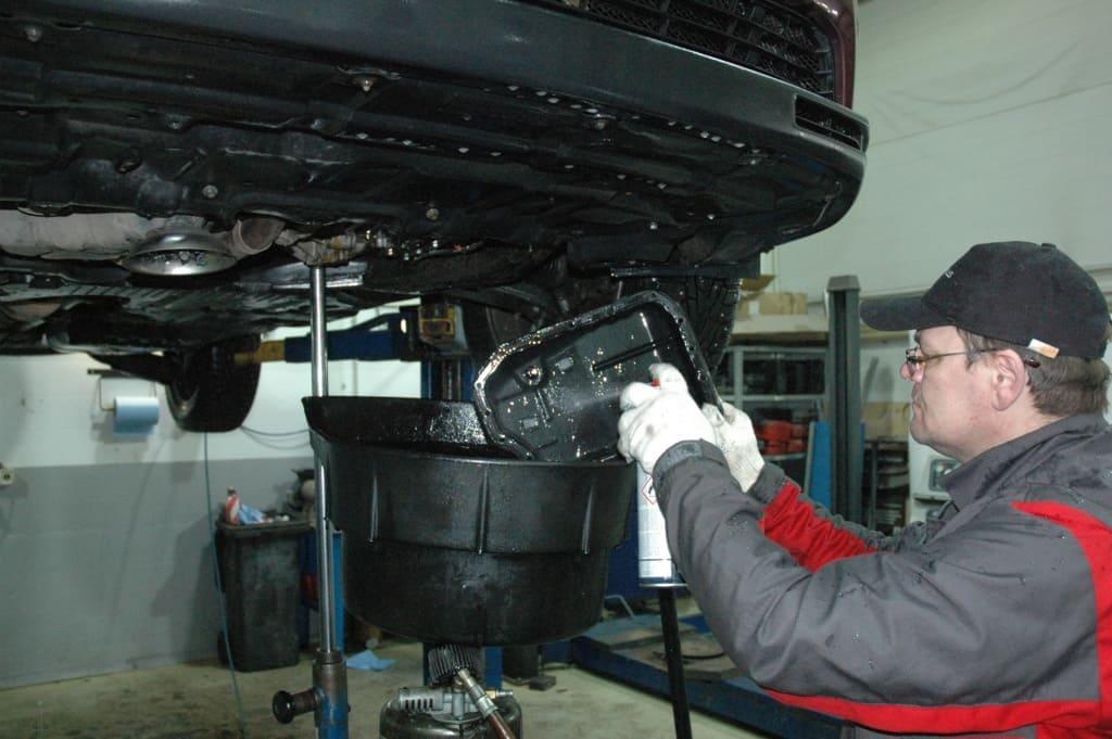 Техническое обслуживание двигателя Мини в Тюмени