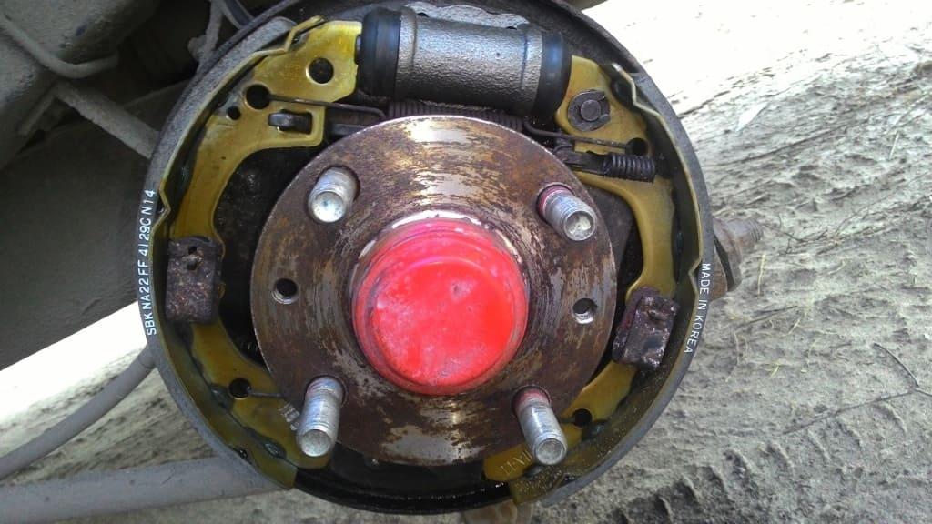 Замена тормозных цилиндров Ауди в Тюмени